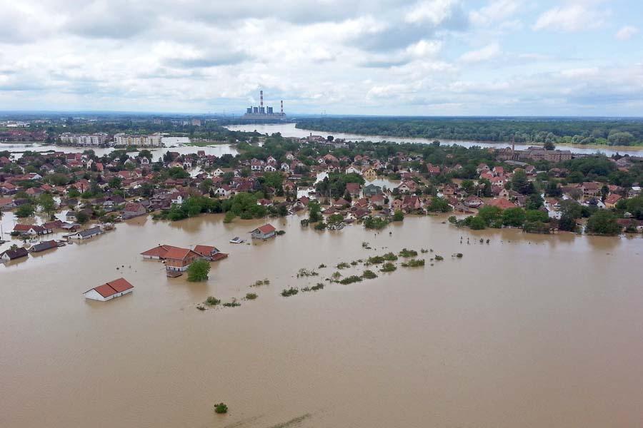 セルビア洪水